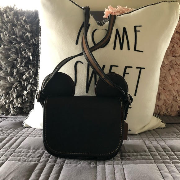 Coach Handbags - RARE COACH DISNEY BAG BLACK GREAT CONDITION 🎄🎄